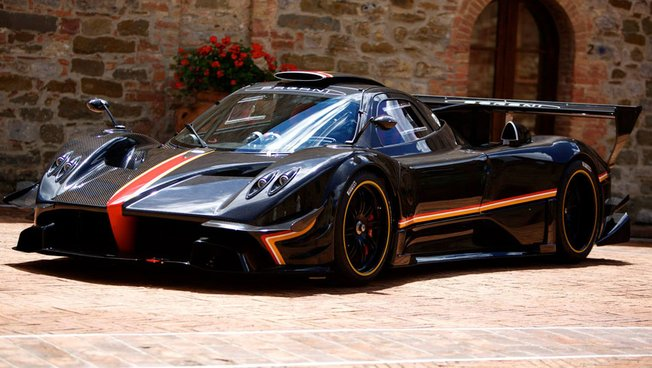028C01EA06020934-photo-pagani-zonda-revolucion-version-ultime-a-800-chevaux