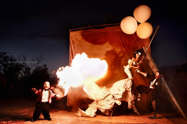 KRISTIAN_SCHULLER_90_DAYS_CIRCUS_FEUER_FRONT_02_SRGB_10X15_1_
