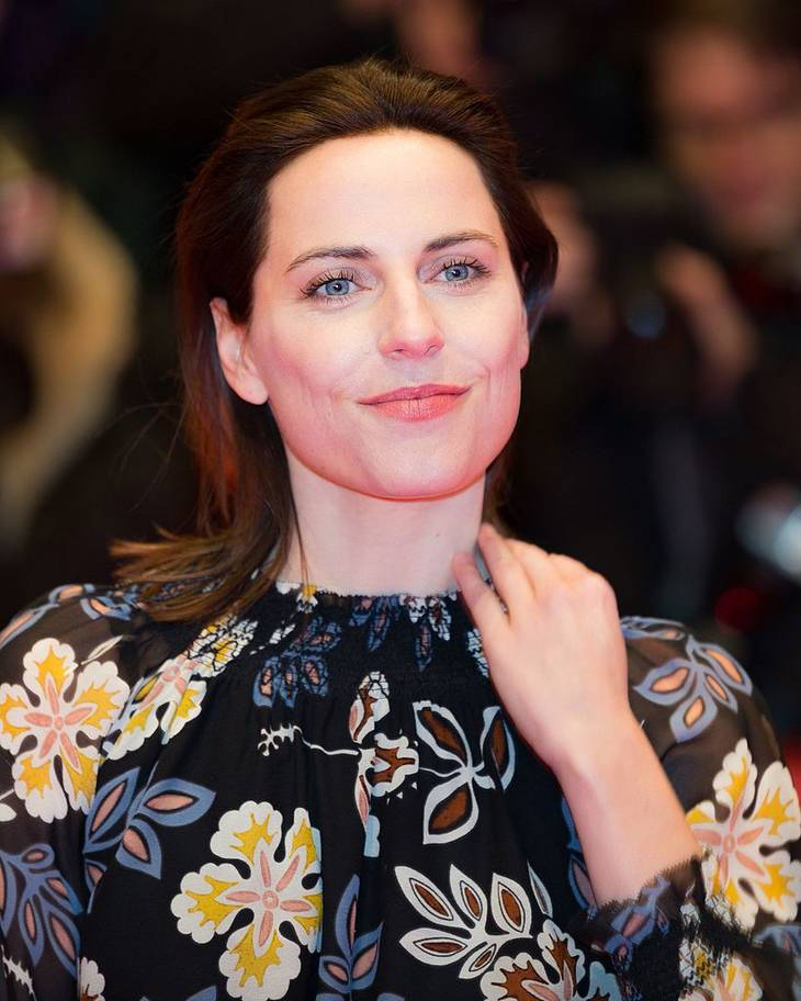 Antje Traue maße |