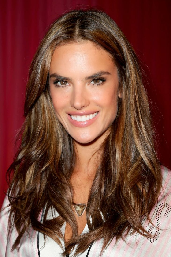 Alessandra Ambrosio Größe | By KarinaNISA (Own work) [CC BY-SA 4.0 (https://creativecommons.org/licenses/by-sa/4.0)], via Wikimedia Commons