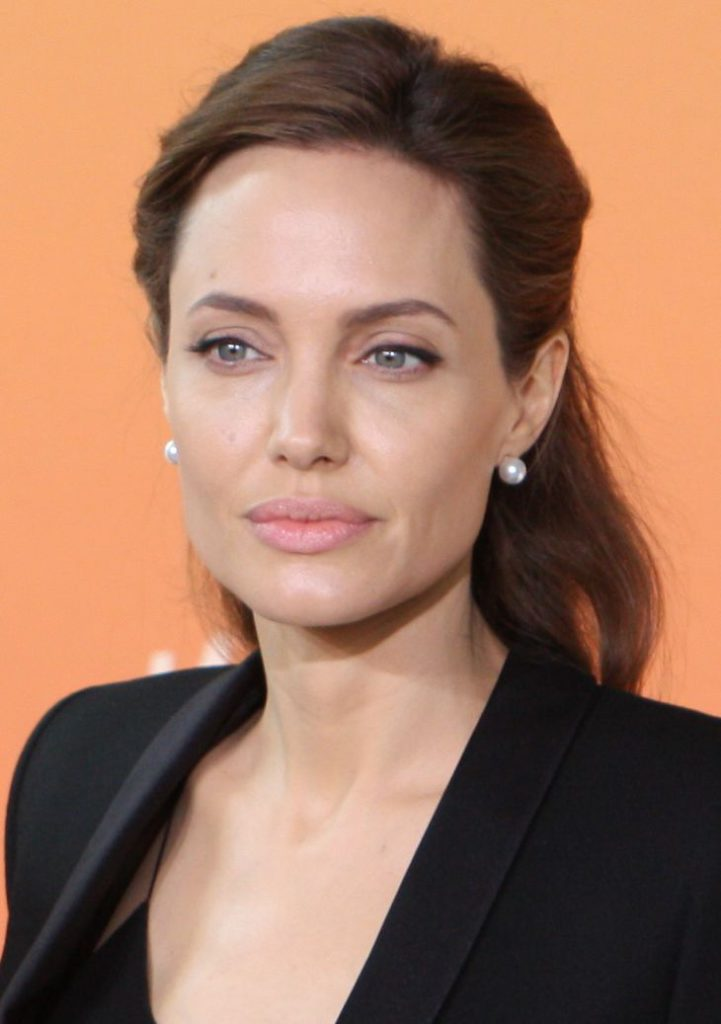 Angelina Jolie By Foreign and Commonwealth Office [CC BY 2.0 (http://creativecommons.org/licenses/by/2.0)], via Wikimedia Commons