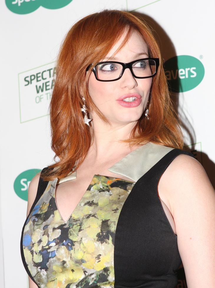 Christina Hendricks measurements | Eva Rinaldi [CC BY-SA 2.0 (https://creativecommons.org/licenses/by-sa/2.0)], via Wikimedia Commons