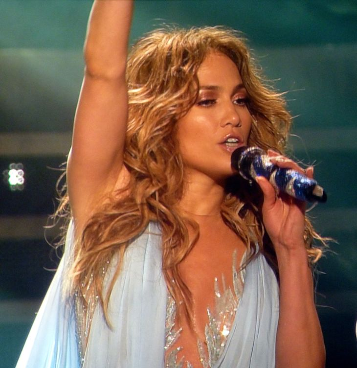 Jennifer Lopez measurements |