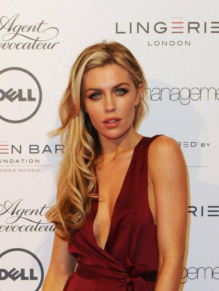 Abigail Clancy taille | By Dell Inc. [CC BY 2.0 (http://creativecommons.org/licenses/by/2.0)], via Wikimedia Commons