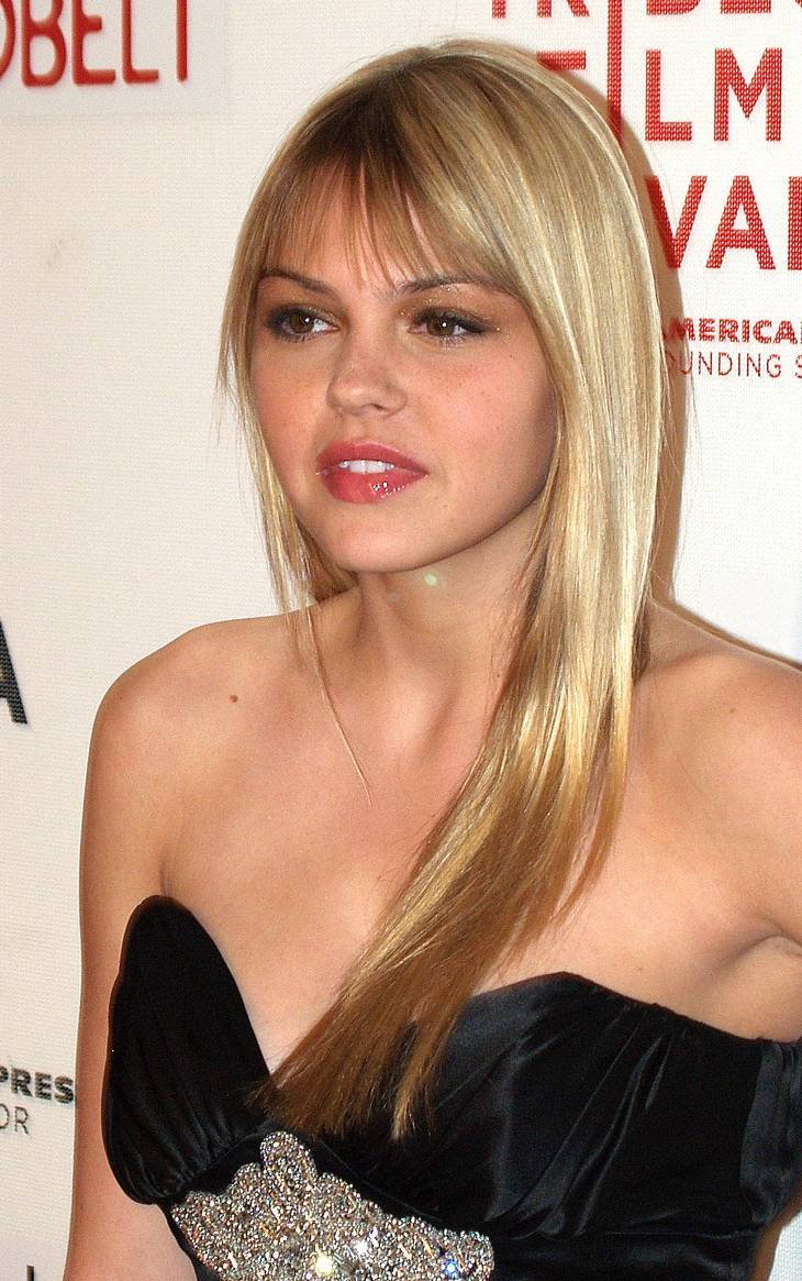 Aimee Teegarden Markle | By David Shankbone (David Shankbone) [CC BY 3.0 (http://creativecommons.org/licenses/by/3.0)], via Wikimedia Commons