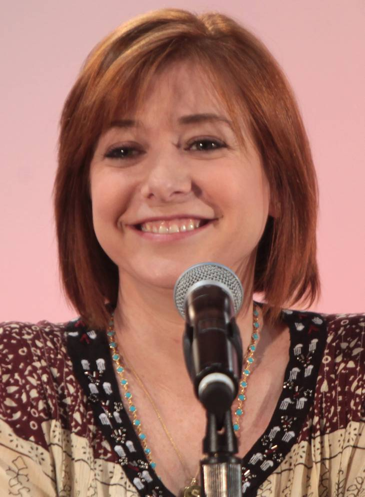 Alyson Hannigan サイズ | By Gage Skidmore [CC BY-SA 2.0 (https://creativecommons.org/licenses/by-sa/2.0)], via Wikimedia Commons