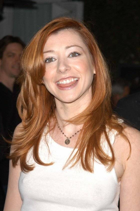 Alyson Hannigan| By Patrick Lee [CC BY 2.0 (http://creativecommons.org/licenses/by/2.0)], via Wikimedia Commons