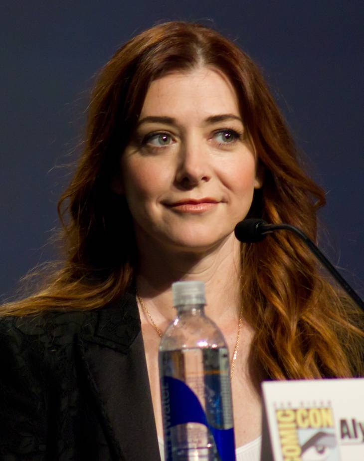 Alyson Hannigan weight | By Rach [CC BY 2.0 (http://creativecommons.org/licenses/by/2.0)], via Wikimedia Commons