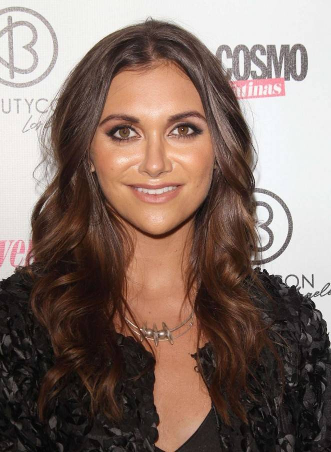 Alyson Stoner taille | By Sydneynigel (Own work) [CC BY-SA 4.0 (https://creativecommons.org/licenses/by-sa/4.0)], via Wikimedia Commons