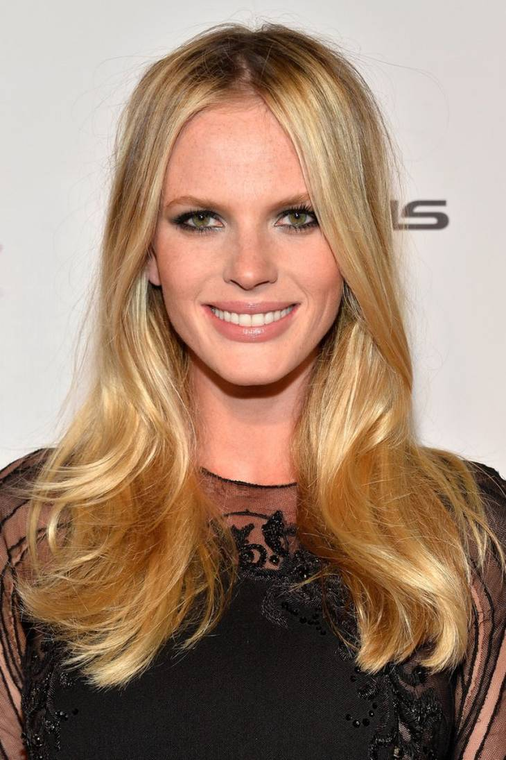 anne vyalitsyna ses mensurations sa taille son poids son age. Black Bedroom Furniture Sets. Home Design Ideas