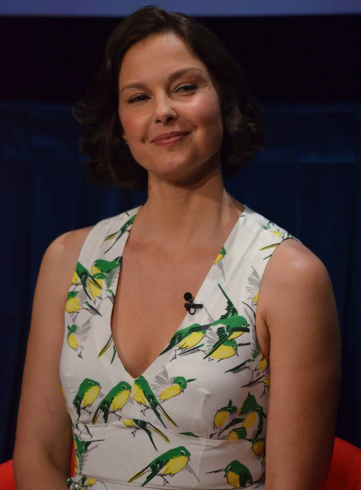 Ashley Judd mensurations | By Genevieve (Ashley Judd) [CC BY 2.0 (http://creativecommons.org/licenses/by/2.0)], via Wikimedia Commons