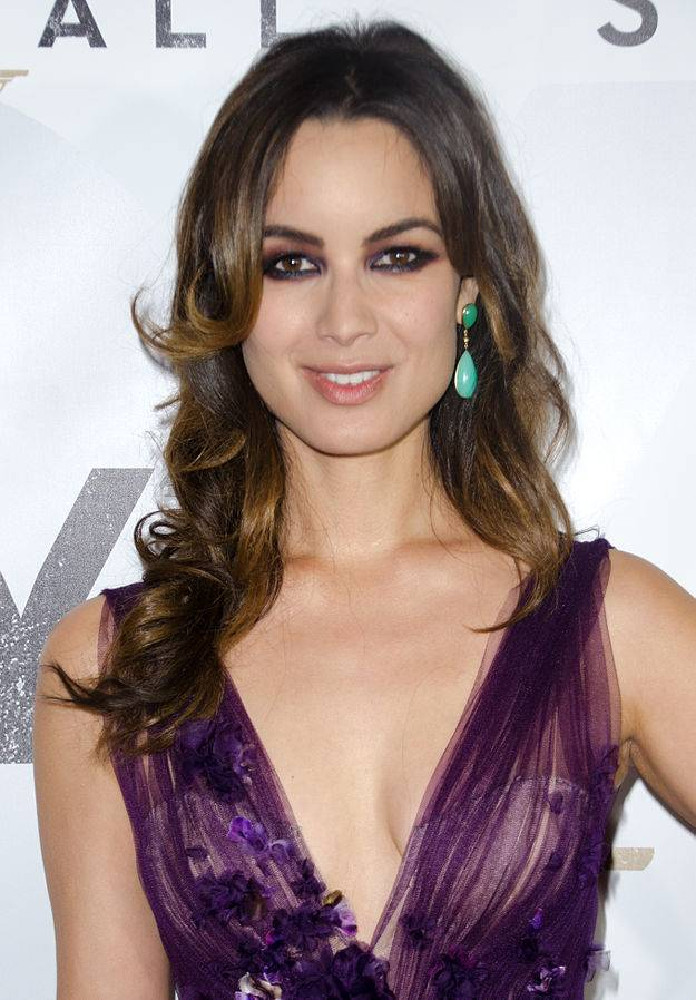 Berenice Marlohe taille | By Liam Mendes (Bérénice Marlohe) [CC BY-SA 2.0 (https://creativecommons.org/licenses/by-sa/2.0)], via Wikimedia Commons