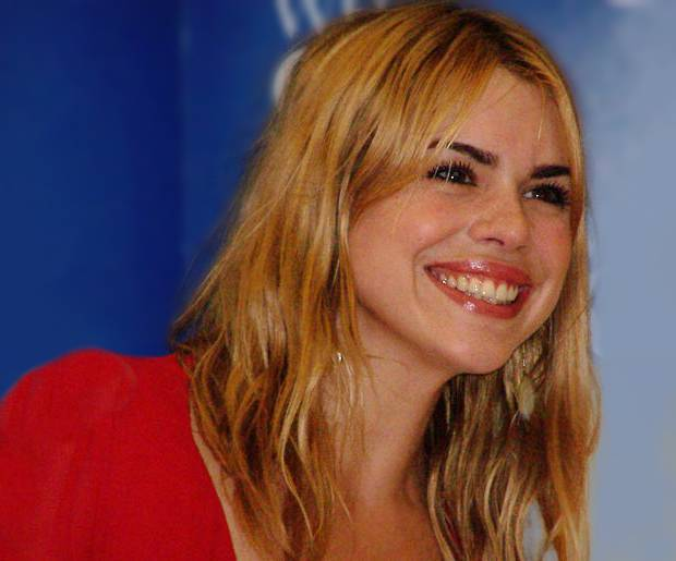 Billie Piper mensurations | By vagueonthehow (Flickr user) and Albin Olsson (Billie_Piper_(16).jpg) [CC BY 2.0 (http://creativecommons.org/licenses/by/2.0)], via Wikimedia Commons