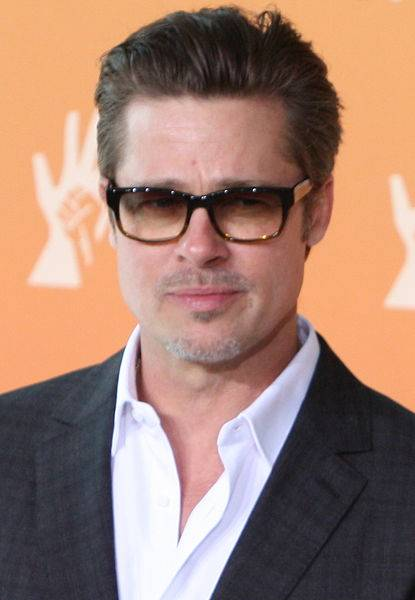 Brad Pitt maße | By Foreign and Commonwealth Office [CC BY 2.0 (http://creativecommons.org/licenses/by/2.0)], via Wikimedia Commons