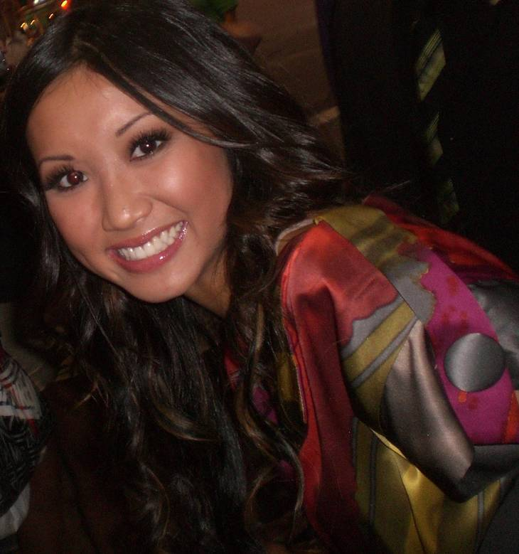 Brenda Song taille | By Jennifer (Cheetah Girls One World Premiere) [CC BY-SA 1.0 (https://creativecommons.org/licenses/by-sa/1.0)], via Wikimedia Commons