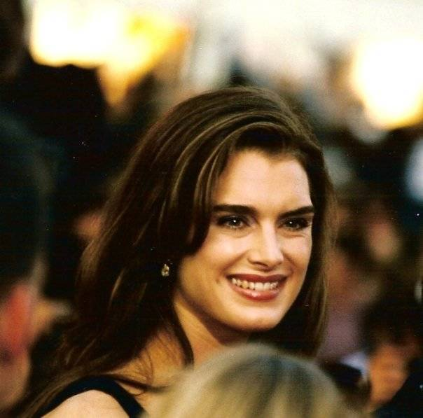 Brooke Shields mensurations | Georges Biard [CC BY-SA 3.0 (https://creativecommons.org/licenses/by-sa/3.0)], via Wikimedia Commons