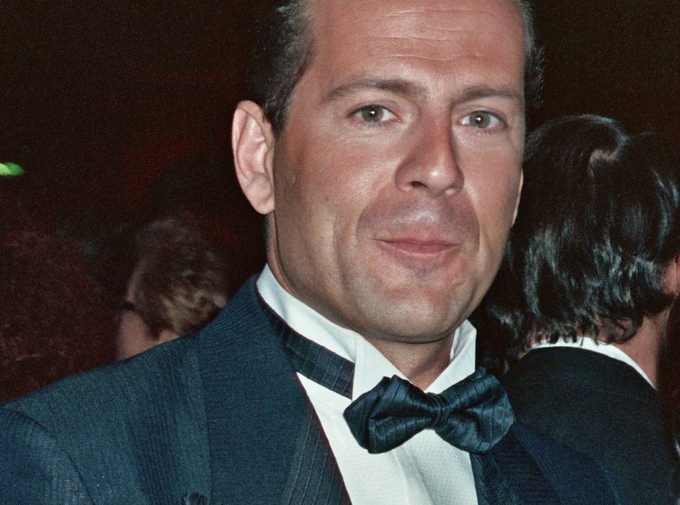 Bruce Willis measurements | photo by Alan Light [CC BY 2.0 (http://creativecommons.org/licenses/by/2.0)], via Wikimedia Commons