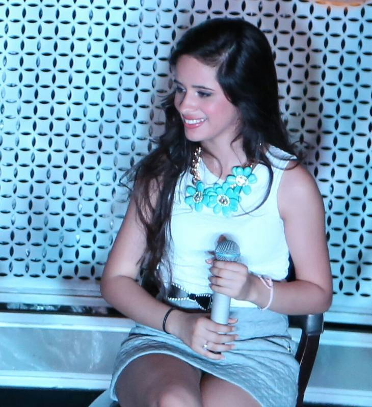 Camila Cabello taille | By Amber:) [CC BY 2.0 (http://creativecommons.org/licenses/by/2.0)], via Wikimedia Commons