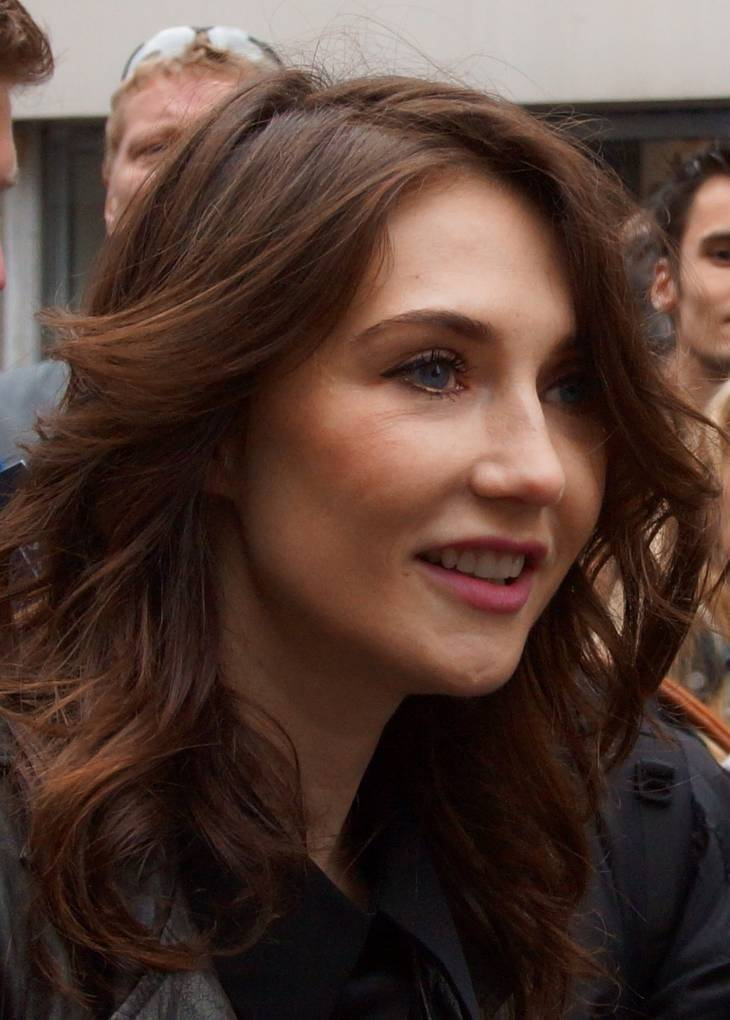 Carice van Houten taille | By Floris Looijesteijn (Flickr: Carice van Houten) [CC BY 2.0 (http://creativecommons.org/licenses/by/2.0)], via Wikimedia Commons