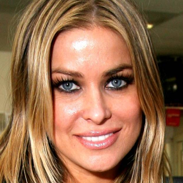 Carmen Electra taille | By dodge challenger1 (square by Juan Pablo Arancibia Medina) (Original source: Flickr        SQUARE'S SOURCE) [CC BY 2.0 (http://creativecommons.org/licenses/by/2.0)], via Wikimedia Commons