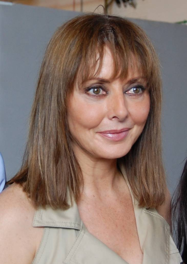 Carol Vorderman height | By 21stCenturyGreenstuff (Own work) [CC BY-SA 3.0 (https://creativecommons.org/licenses/by-sa/3.0)], via Wikimedia Commons