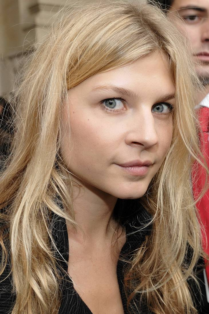 Clemence Poesy misure | By nicolas genin [CC BY-SA 2.0 (https://creativecommons.org/licenses/by-sa/2.0)], via Wikimedia Commons