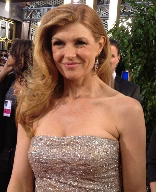 Connie Britton Größe | By Jenn Deering Davis (Connie Britton) [CC BY 2.0 (http://creativecommons.org/licenses/by/2.0)], via Wikimedia Commons