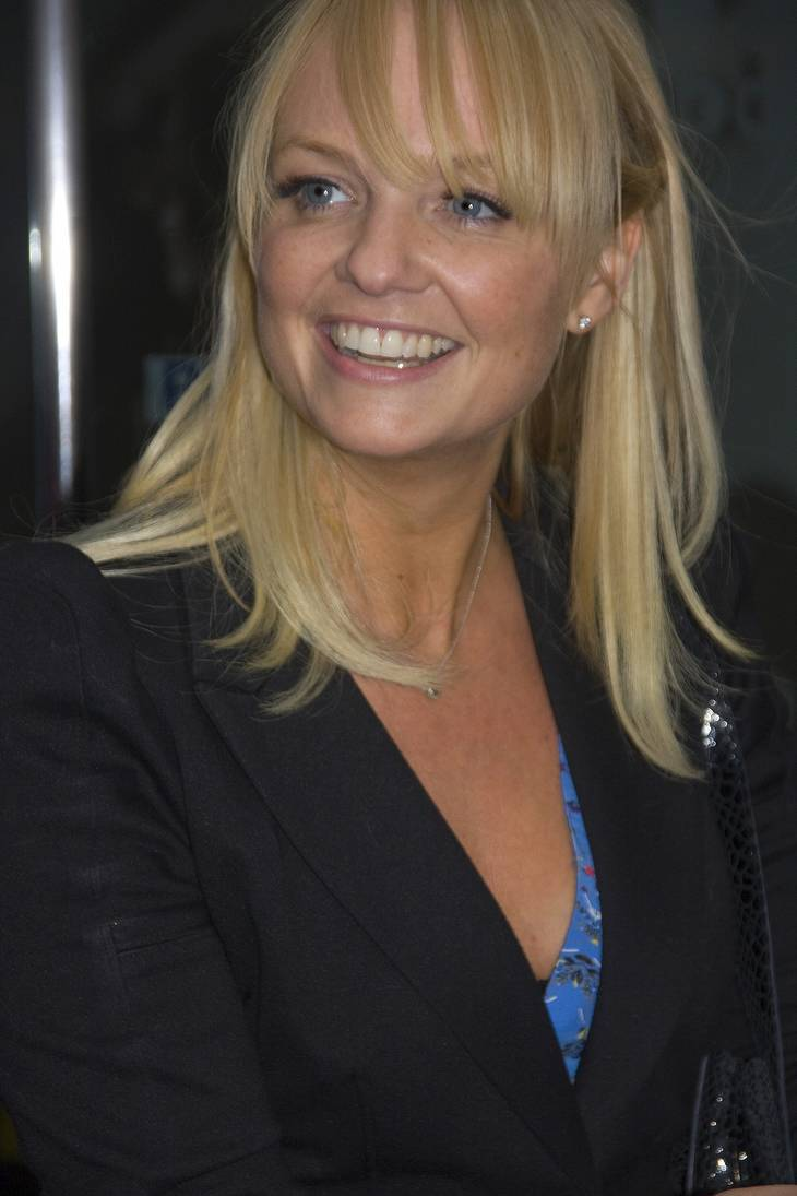 Emma Bunton medidas | By rodwey2004 [CC BY-SA 2.0 (https://creativecommons.org/licenses/by-sa/2.0)], via Wikimedia Commons