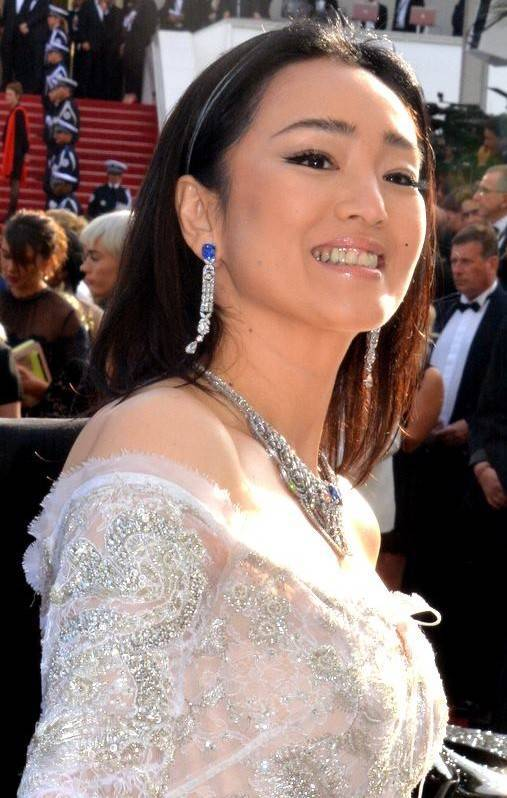 Gong Li peso | Georges Biard [CC BY-SA 3.0 (https://creativecommons.org/licenses/by-sa/3.0)], via Wikimedia Commons