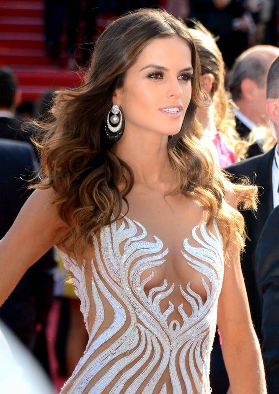 How Old Is Izabel Goulart His Height His Weight