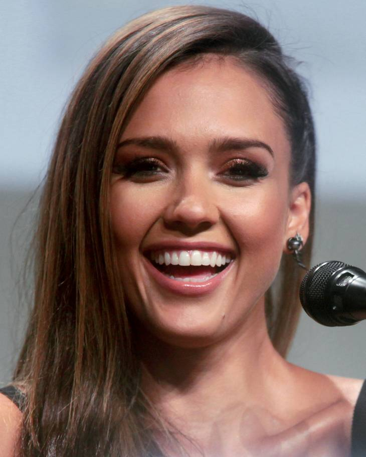 Джессика Альба Markle | By Miguel from London, United Kingdom (Jessica Alba) [CC BY-SA 2.0 (https://creativecommons.org/licenses/by-sa/2.0)], via Wikimedia Commons