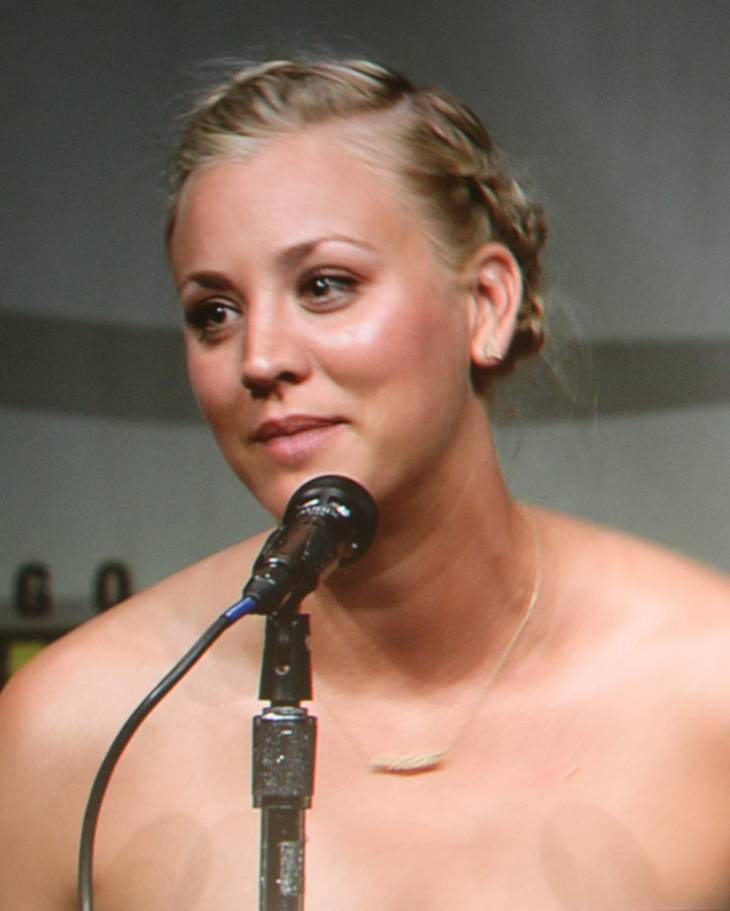 Kaley Cuoco mensurations | By Thibault (Kaley Cuoco) [CC BY-SA 2.0 (https://creativecommons.org/licenses/by-sa/2.0)], via Wikimedia Commons