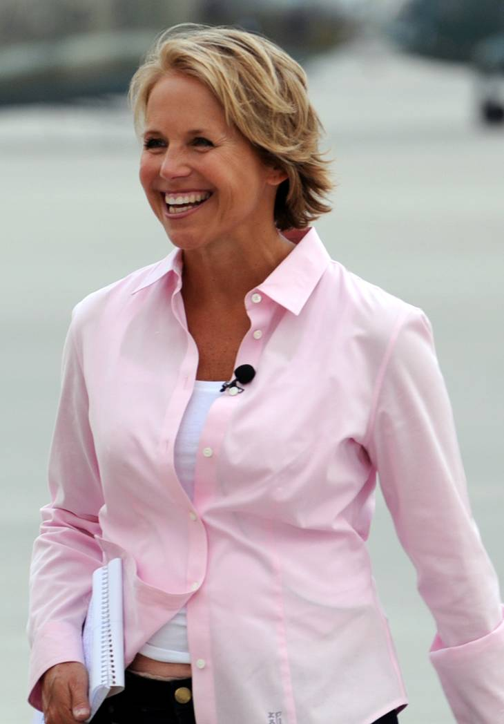 Katie Couric weight | Petty Officer 2nd Class David R. Quillen [CC BY 2.0 (http://creativecommons.org/licenses/by/2.0)], via Wikimedia Commons
