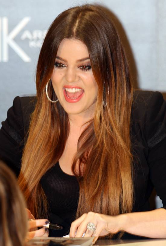 khloe kardashian ses mensurations sa taille son poids son age. Black Bedroom Furniture Sets. Home Design Ideas