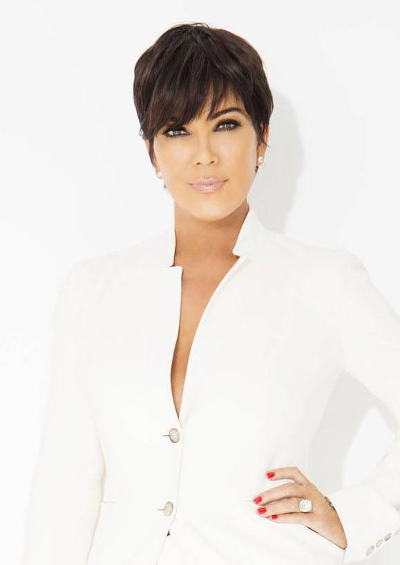Kris Jenner taille | By Jim Jordan [CC BY-SA 2.0 (https://creativecommons.org/licenses/by-sa/2.0)], via Wikimedia Commons