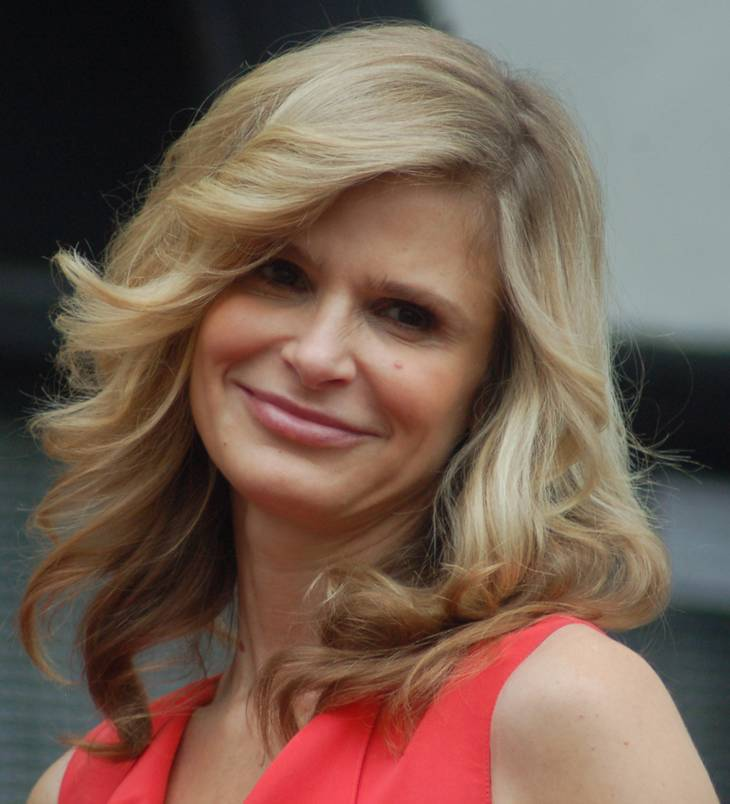 Kyra Sedgwick altura | Angela George [CC BY-SA 3.0 (https://creativecommons.org/licenses/by-sa/3.0)], via Wikimedia Commons