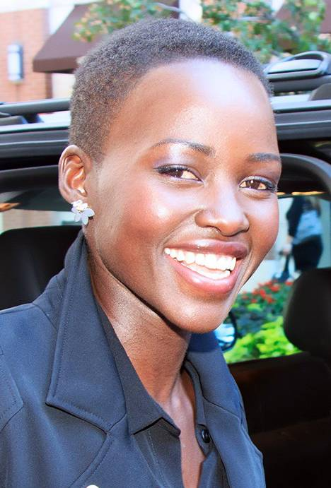 Lupita Nyong'o maße | By gdcgraphics [CC BY-SA 2.0 (https://creativecommons.org/licenses/by-sa/2.0)], via Wikimedia Commons
