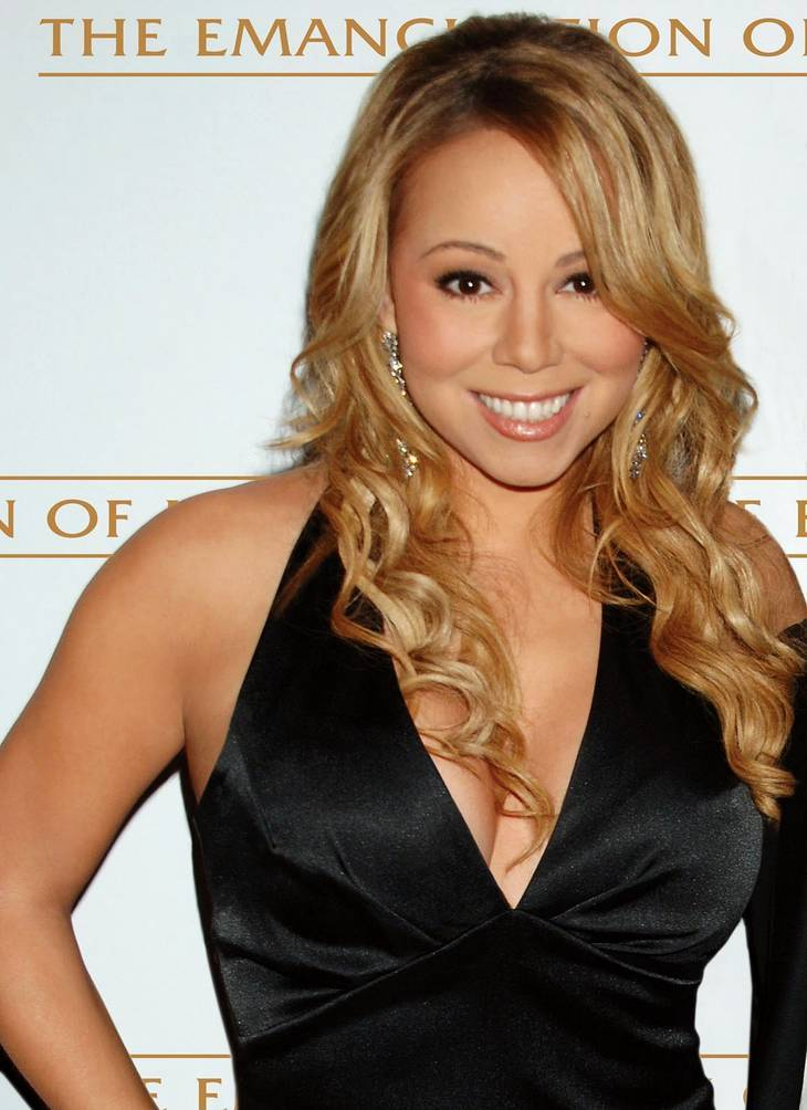Mariah Carey nue | By Mcla_re03.jpg: taken by Steve Gawley derivative work: Truu (Mcla_re03.jpg) [CC BY-SA 3.0 (https://creativecommons.org/licenses/by-sa/3.0) or GFDL (http://www.gnu.org/copyleft/fdl.html)], via Wikimedia Commons