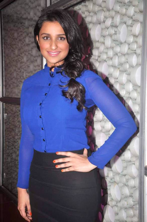 Parineeti Chopra размер | By http://www.bollywoodhungama.com [CC BY 3.0 (http://creativecommons.org/licenses/by/3.0)], via Wikimedia Commons