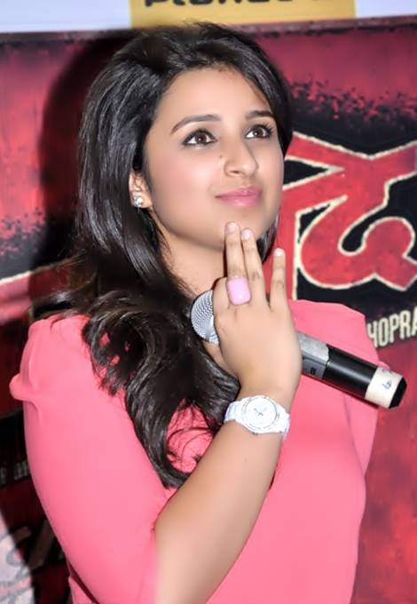 Parineeti Chopra'ın ölçümleri | By BollywoodHungama (BollywoodHungama) [CC BY 3.0 (http://creativecommons.org/licenses/by/3.0)], via Wikimedia Commons