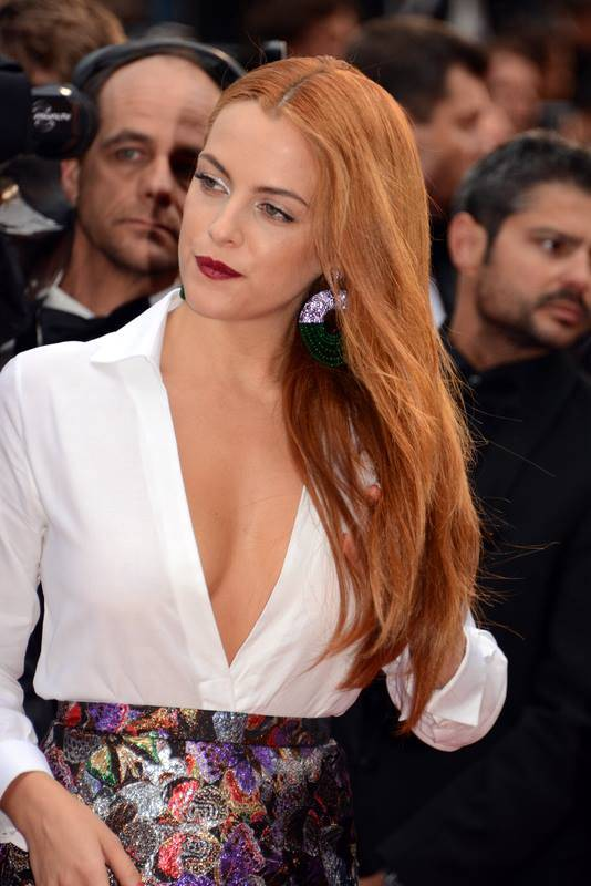 Riley Keough height | Georges Biard [CC BY-SA 3.0 (https://creativecommons.org/licenses/by-sa/3.0)], via Wikimedia Commons