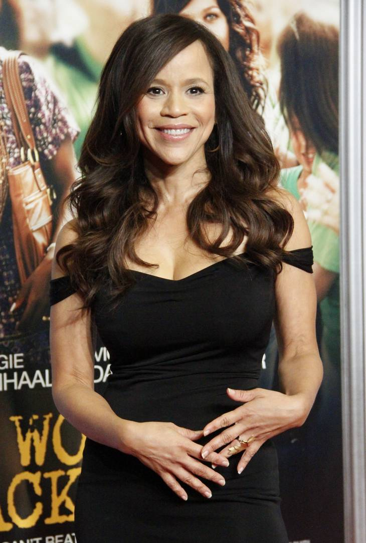 Rosie Perez medidas | By Joella Marano from Manhattan, NYC (Rosie Perez) [CC BY-SA 2.0 (https://creativecommons.org/licenses/by-sa/2.0)], via Wikimedia Commons
