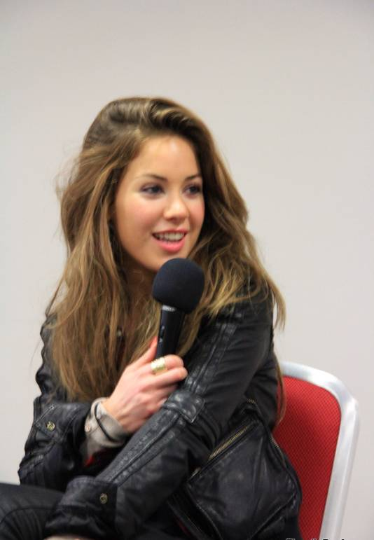 Roxanne McKee medidas | By Elspeth Renfrew (Roxanne McKee - 1) [CC BY-SA 2.0 (https://creativecommons.org/licenses/by-sa/2.0)], via Wikimedia Commons