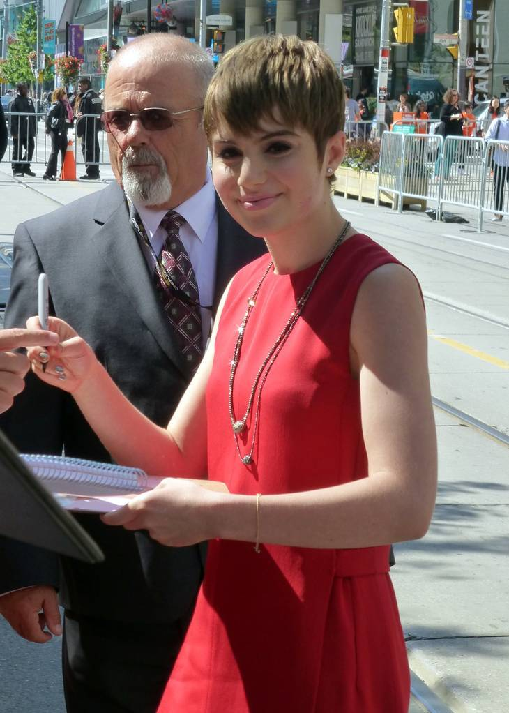 Sami Gayle peso | By GabboT (Flickr: Hateship Loveship 02) [CC BY-SA 2.0 (https://creativecommons.org/licenses/by-sa/2.0)], via Wikimedia Commons
