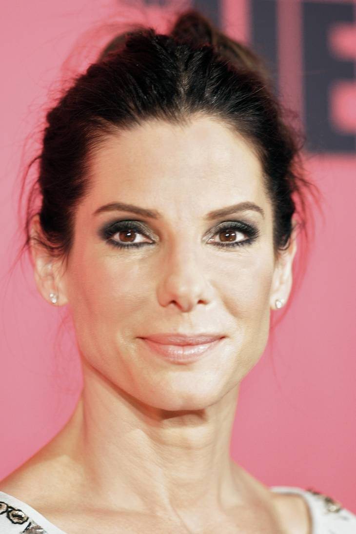 Sandra Bullock peso | Eva Rinaldi [CC BY-SA 2.0 (https://creativecommons.org/licenses/by-sa/2.0)], via Wikimedia Commons
