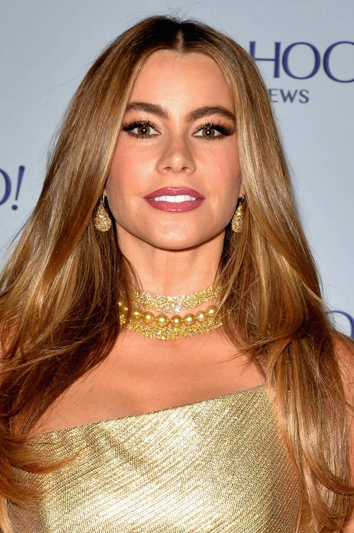 Sofia Vergara taille | By Yahoo from Sunnyvale, California, USA [CC BY 2.0 (http://creativecommons.org/licenses/by/2.0)], via Wikimedia Commons
