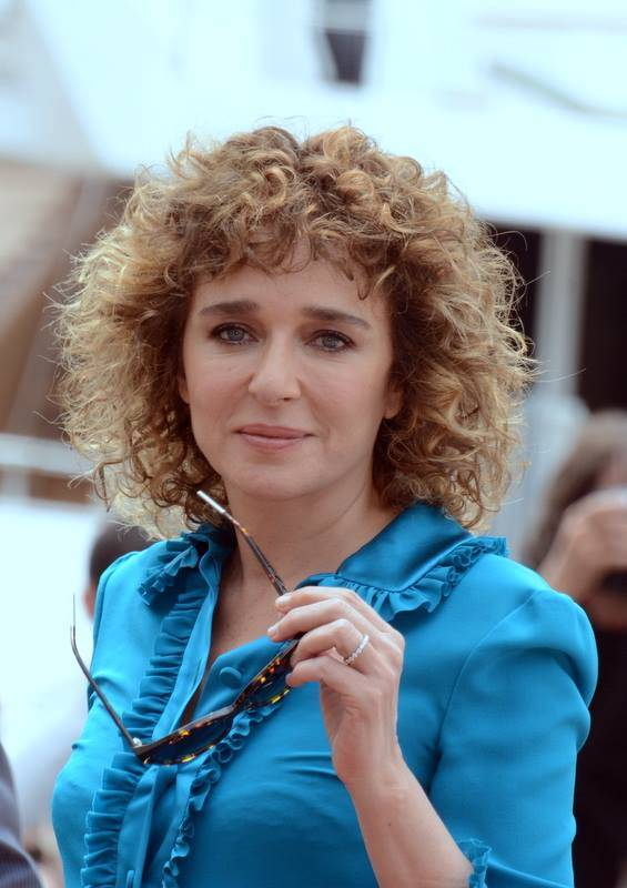 Valeria Golino peso | Georges Biard [CC BY-SA 3.0 (https://creativecommons.org/licenses/by-sa/3.0)], via Wikimedia Commons