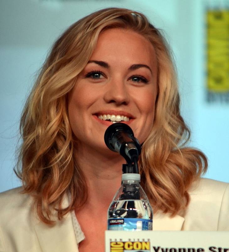 Yvonne Strahovski आकार | By Genevieve (Yvonne Strahovski) [CC BY 2.0 (http://creativecommons.org/licenses/by/2.0)], via Wikimedia Commons