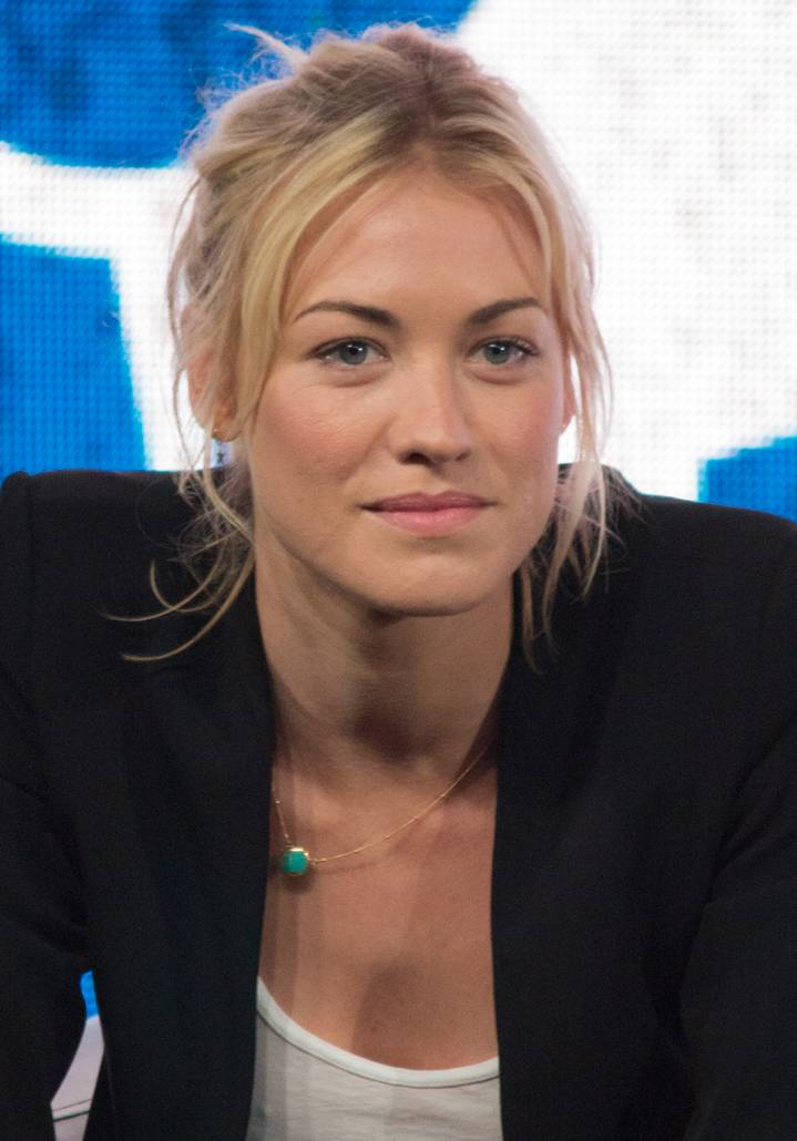 Yvonne Strahovski | By Dominick D [CC BY-SA 2.0 (https://creativecommons.org/licenses/by-sa/2.0)], via Wikimedia Commons