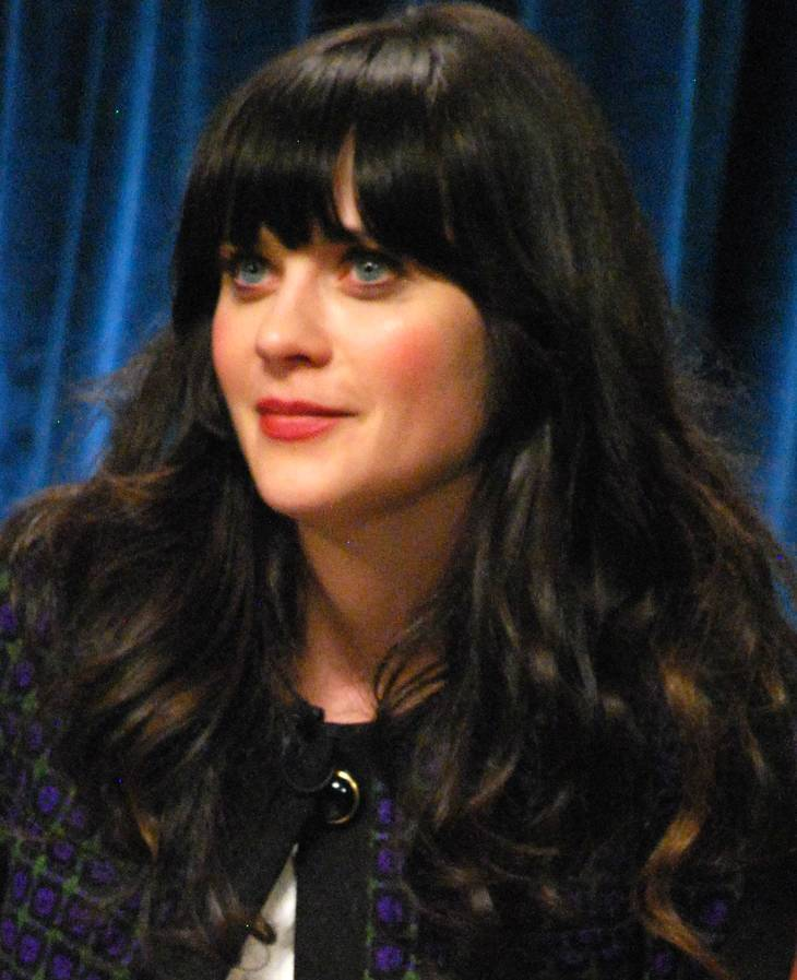 Zooey Deschanel taille | By Genevieve (Zooey Deschanel) [CC BY 2.0 (http://creativecommons.org/licenses/by/2.0)], via Wikimedia Commons